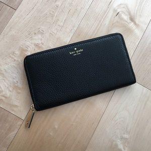 🆕 🎉 2x HP🎉 Kate Spade Neda Zipped Wallet