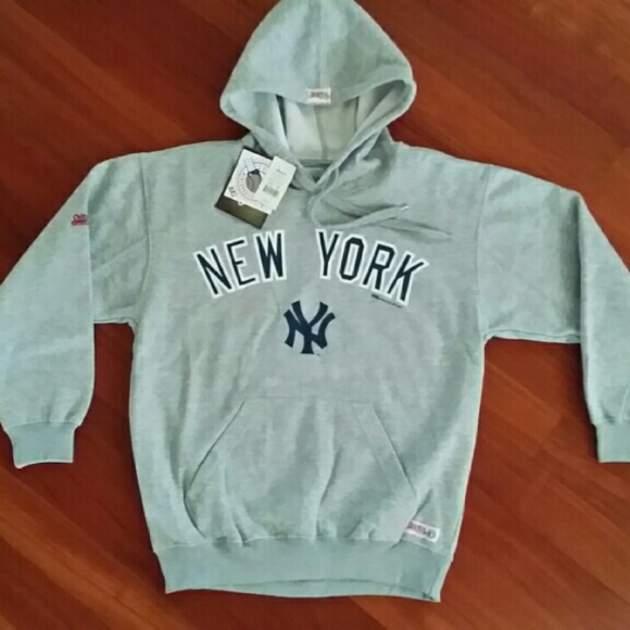 new styles 1c529 f315c NEW YORK YANKEES HOODIE Boutique