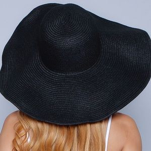 Wide brim hat black