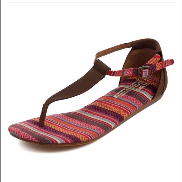 e90330cbda4 Toms Playa thong sandals! M 571aeb9c2de512bb8202b0dd