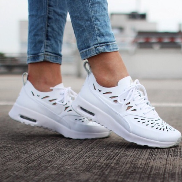 wholesale dealer 607c6 1d6f1 Nike Air Max Thea Joli
