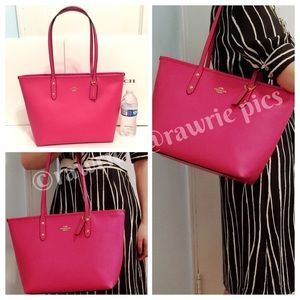 SALE New Coach pink leather city zip tote