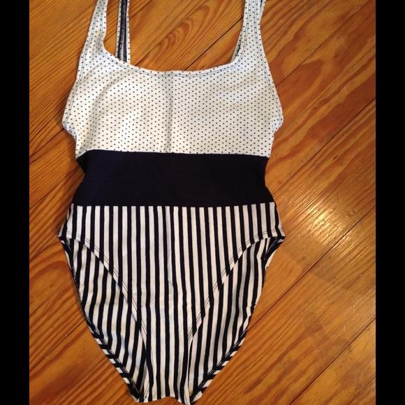 c3a4f147878 NWOT, Anne Cole Swimsuit. M_571b6a658f0fc438dc0004f4