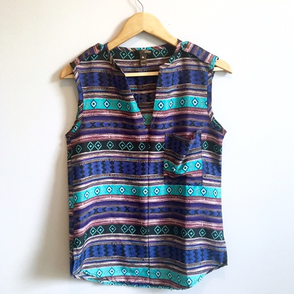 Urban Outfitters Tops - Tribal Print Tank