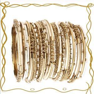 Amrita Singh Jewelry - 🌿Georgeous Amrita Singh Bangels🌿