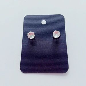 Iconic Legend Jewelry - Cute stud earrings