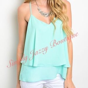 Tops - 🆑 Mint colored Top