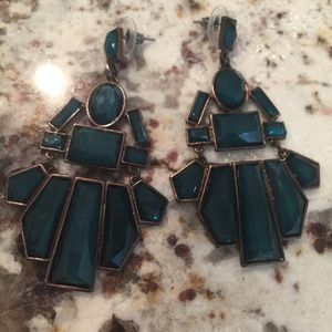 GORGEOUS Emerald Color Earrings