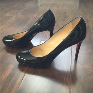 Christian Louboutin Shoes - Christian Louboutin Simple 100mm Pumps! Size 37.5