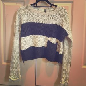 Navy and Beige Crochet Cropped Sweater with Pocket