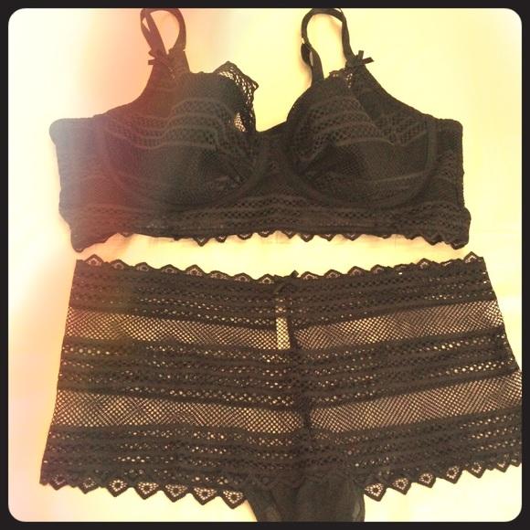 45bb48df7a Black Lane Bryant bra   panties set.