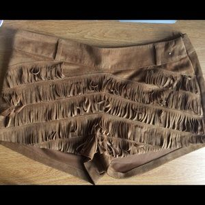 Suede fringed shorts from London (camel color)