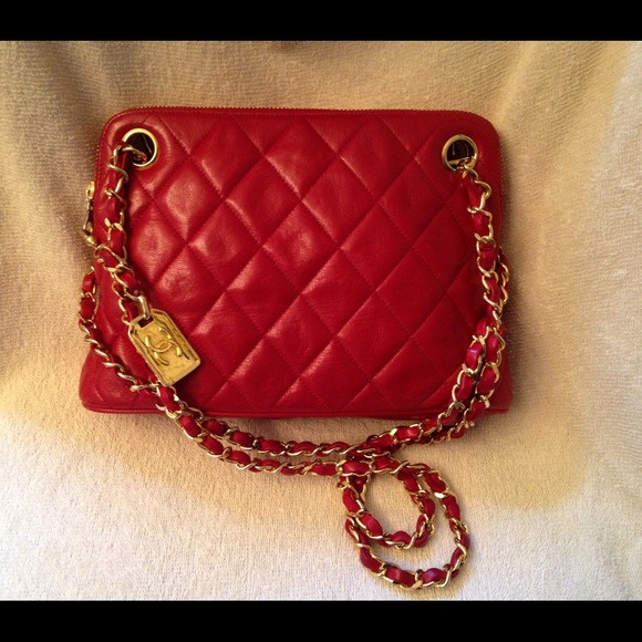 5c3af7f571b9 CHANEL Handbags - CHANEL Vintage Small Red Chain Tote 31 Rue Cambon