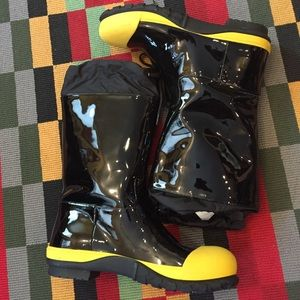 MIU MIU runway boots 🌦