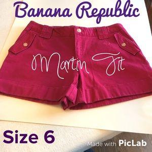 Banana Republic Martin Fit Shorts Size 6