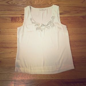 LOFT Tops - ⬇ Cream Tank with Flower Detail