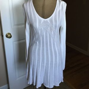 Sophie Max Tops - Fabulous White Tunic Sweater Size L