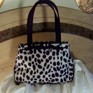 Handbags - New black and white spotted handbag