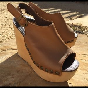 5754378ae935 Jeffrey Campbell Shoes - Jeffrey Campbell Snick Stud Leather Wood Wedge 8