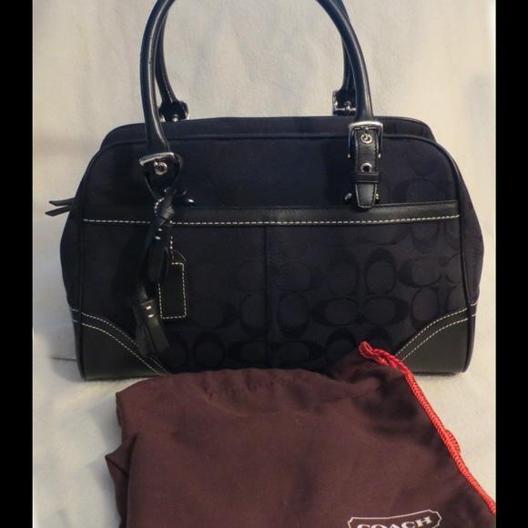 fe6005ea75b6 Coach Handbags - FLASH SALE Coach Hampton Signature Black E05W-8K05