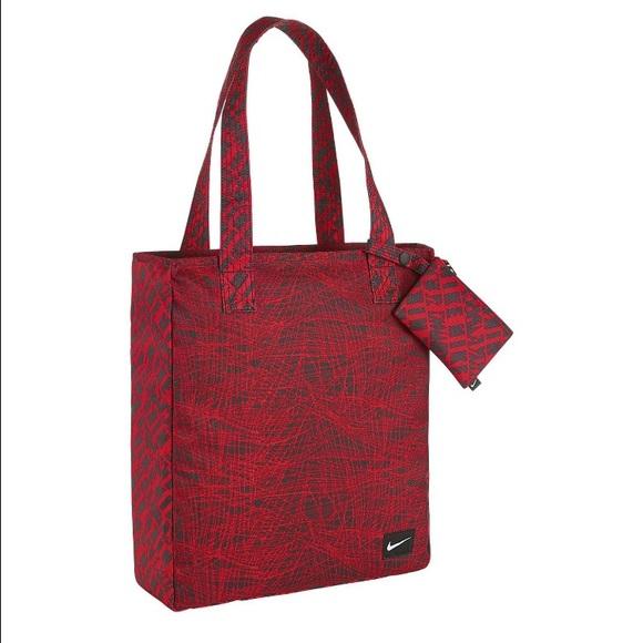 37f347f713b6 NWT Nike Rowena Tote Bag