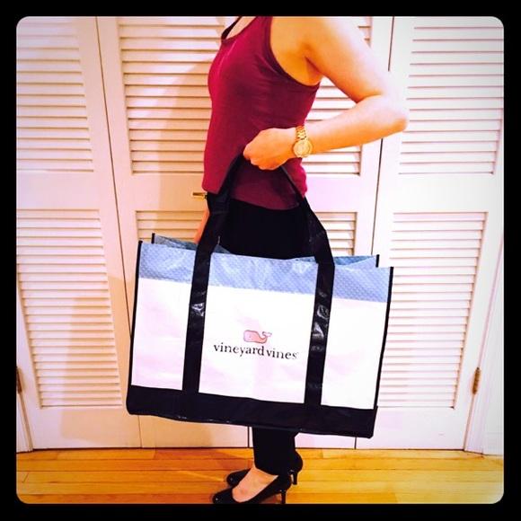 49bfe7356 Vineyard Vines Bags | Jumbo Tote Bag | Poshmark