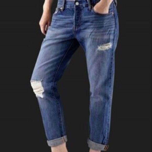 fa4cd469 Levi's Jeans   Nwt Levis 501 Ct Button Fly Boyfriend   Poshmark