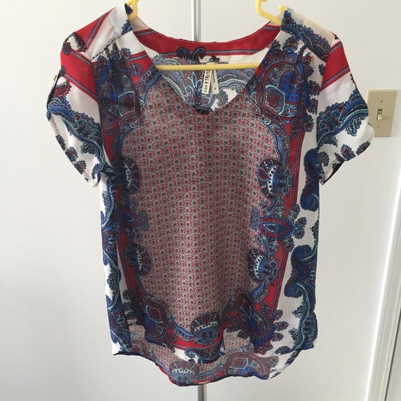 Live 4 Truth Tops Red White Blue Paisley Summer Blouse Size Small