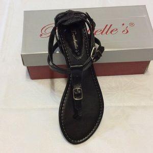 Breckelles Shoes - Breckelle's sandals NIB