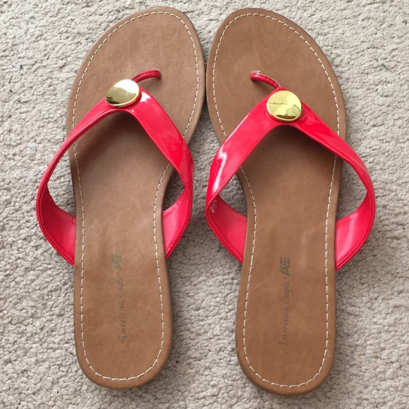 American Eagle By Payless Shoes Red Patten Leather Flip