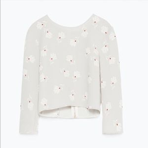 Zara Tops - 💕Host Pick💕 Zara crop top