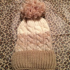 Accessories - SALE🎉Natural Shades Knit Hat