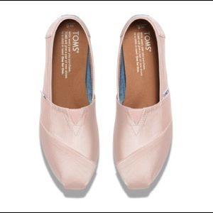 8e0e1ad9aff TOMS Shoes - Light Pink TOMS