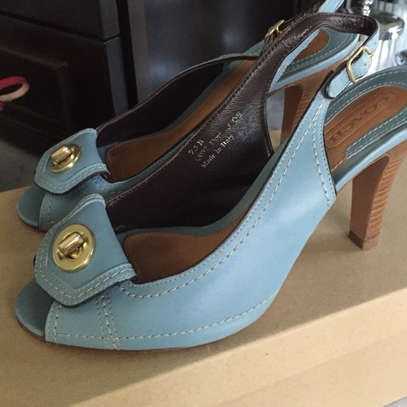 Coach Shoes Baby Blue Turn Lock Sandals