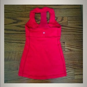 Lululemon Athletica work out top