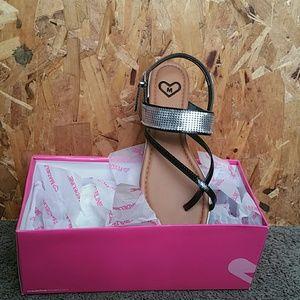 Shoes - Asa Thongs sandals