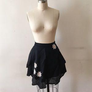 Vintage black apron w/ appliqué