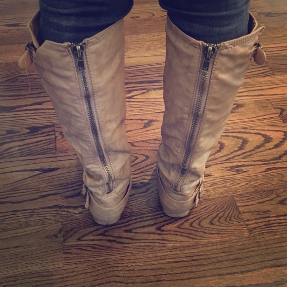 Shoes | Tan Tall Boots With Zipper Back