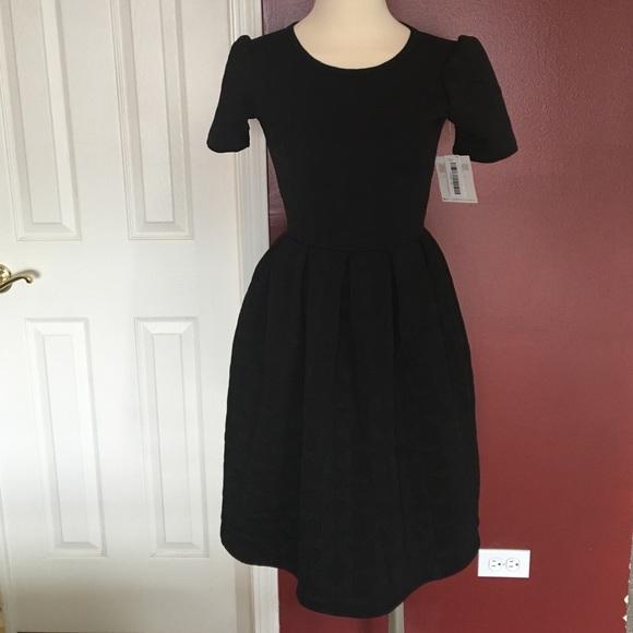 56c0bed8b46 LuLaRoe Amelia dress black xs