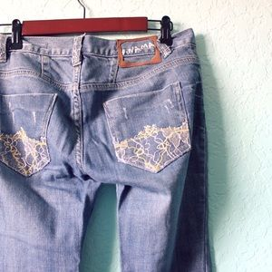 Denim - Beautiful Anama Jeans with lace and fabric details