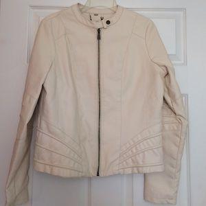 Jackets & Blazers - Beautiful leather jacket. Size L
