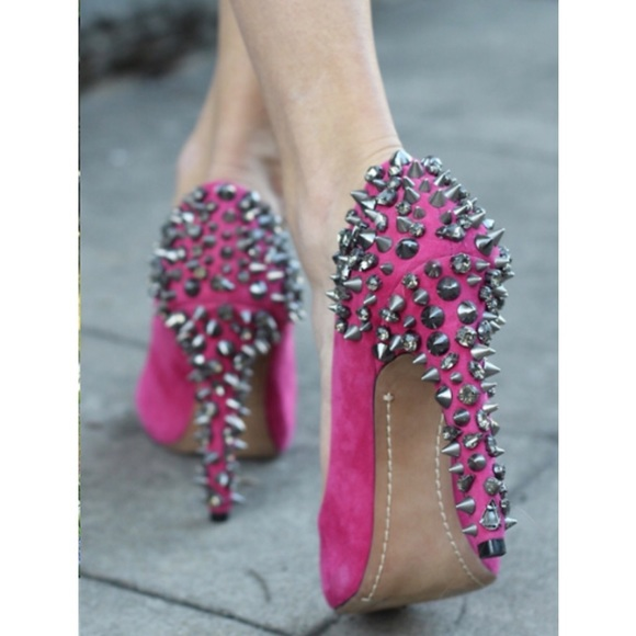 98a40588f618fc Sam Edelman Lorissa Hot Pink Studded Heels. M 57290dd02de512997900fe8a
