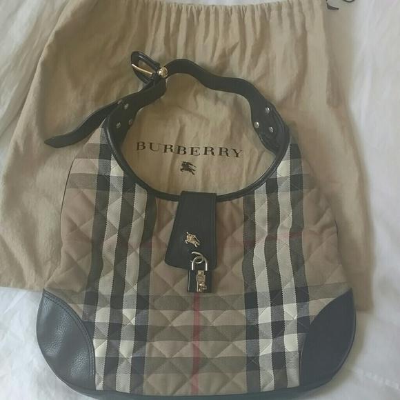 2b0d0fdccba7 Burberry Handbags - Burberry Brooke Quilted Hobo Bag