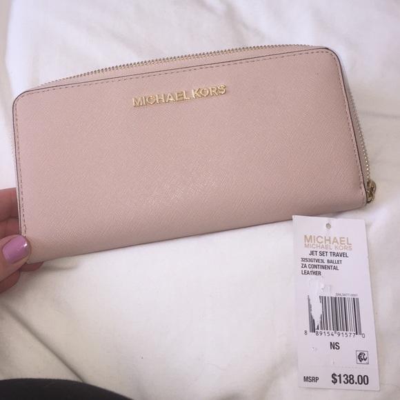 9d20b8ca4f4ba6 Michael Kors Bags | Mk Jet Set Travel Wallet In Ballet | Poshmark