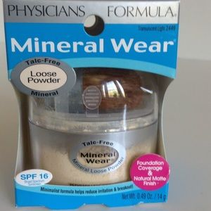 Physicians Formula Other - New Physicians Formula Mineral Wear loose powder