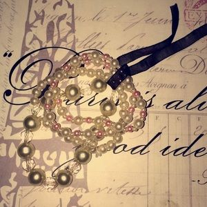 Jewelry - Costume Jewelry pearl bracelets