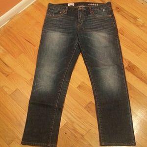 NWOT Gap Sexy Boyfriend Dark Wash Jeans