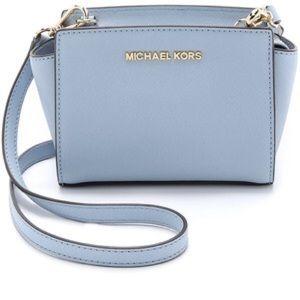 e905f4f47e Michael Kors Bags - Blue MK purse