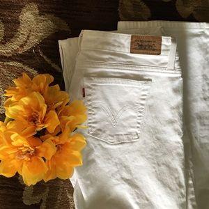 Levi's Pants - CLASSIC WHITE LEVI JEANS
