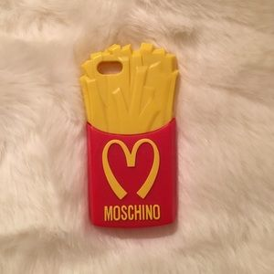 Moschino Accessories - Moschino 5s iPhone Cover